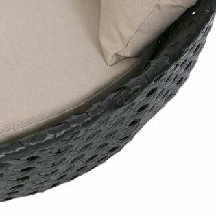 Πολυθρόνα ρατάν εξωτερικού χώρου με μαξιλάρια